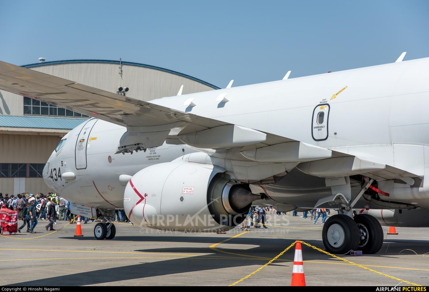 USA - Navy 168434 aircraft at Atsugi AB