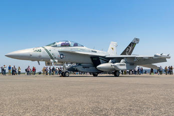 166895 - USA - Navy Boeing EA-18G Growler