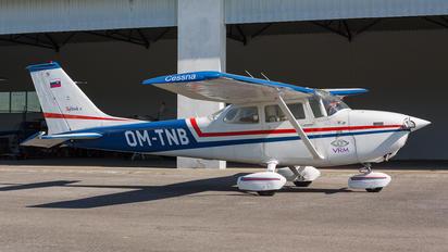 OM-TNB - Aeroklub Trenčín Cessna 172 Skyhawk (all models except RG)