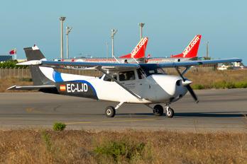 EC-LJD - Escuela de Aviación de Valencia Cessna 172 Skyhawk (all models except RG)