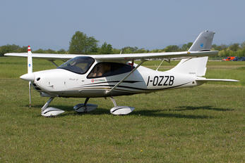 I-OZZB - Private Tecnam P2008