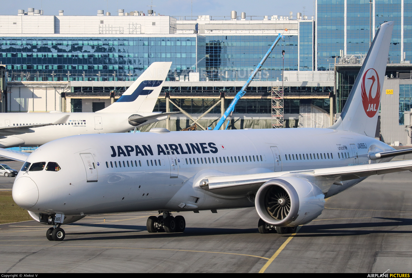 JAL - Japan Airlines JA866J aircraft at Helsinki - Vantaa