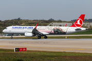 "Turkish A321 in new special colours ""The Year of Troy"" title="