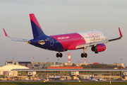 HA-LYS - Wizz Air Airbus A320 aircraft