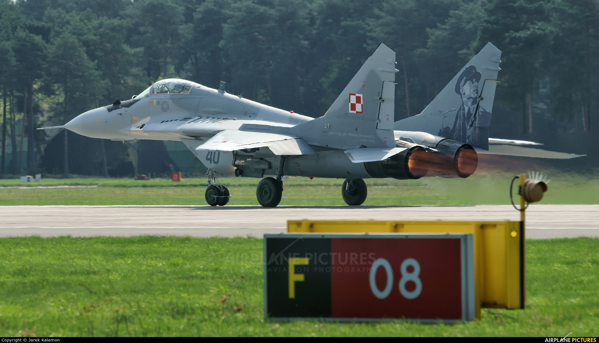 Poland - Air Force 40 aircraft at Bydgoszcz - Szwederowo