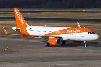 OE-IZJ - easyJet Europe Airbus A320