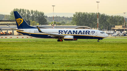EI-DYA - Ryanair Boeing 737-800