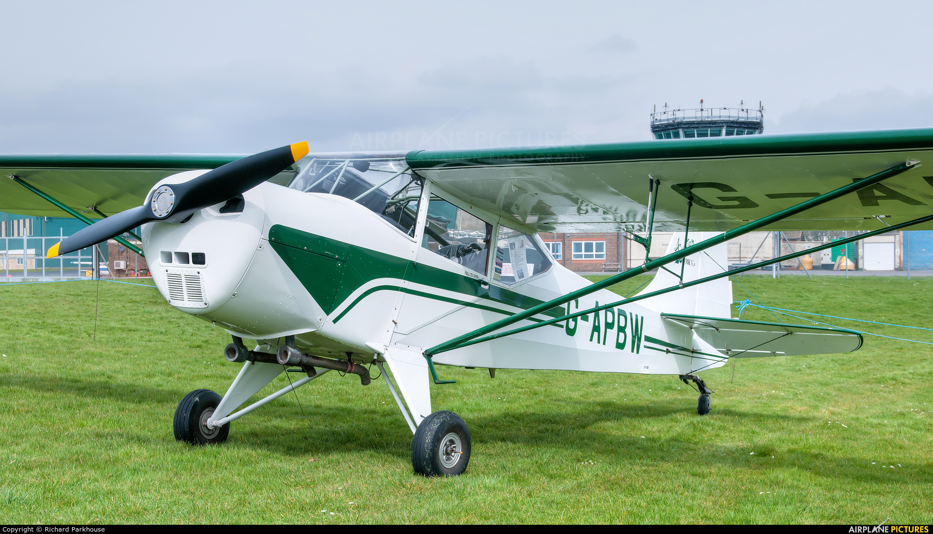 Private G-APBW aircraft at Middle Wallop