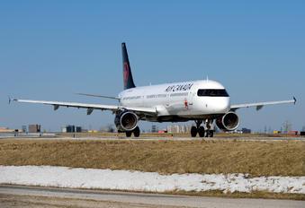 C-GJWD - Air Canada Airbus A321
