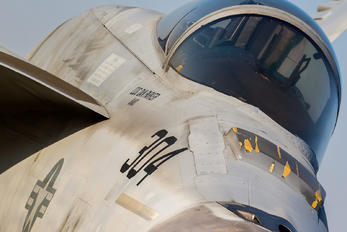166863 - USA - Navy Boeing F/A-18E Super Hornet
