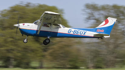 G-BEUX - Private Cessna 172 Skyhawk (all models except RG)