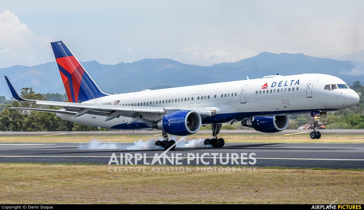 Delta Air Lines N693DL aircraft at San Jose - Juan Santamaría Intl