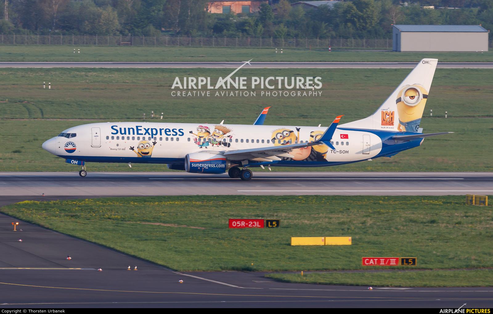 SunExpress TC-SOH aircraft at Düsseldorf