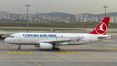 TC-JPK - Turkish Airlines Airbus A320