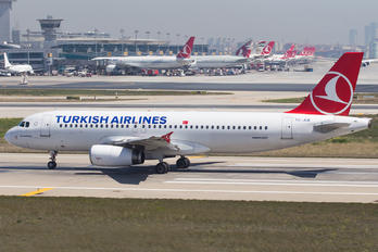 TC-JUK - Turkish Airlines Airbus A320