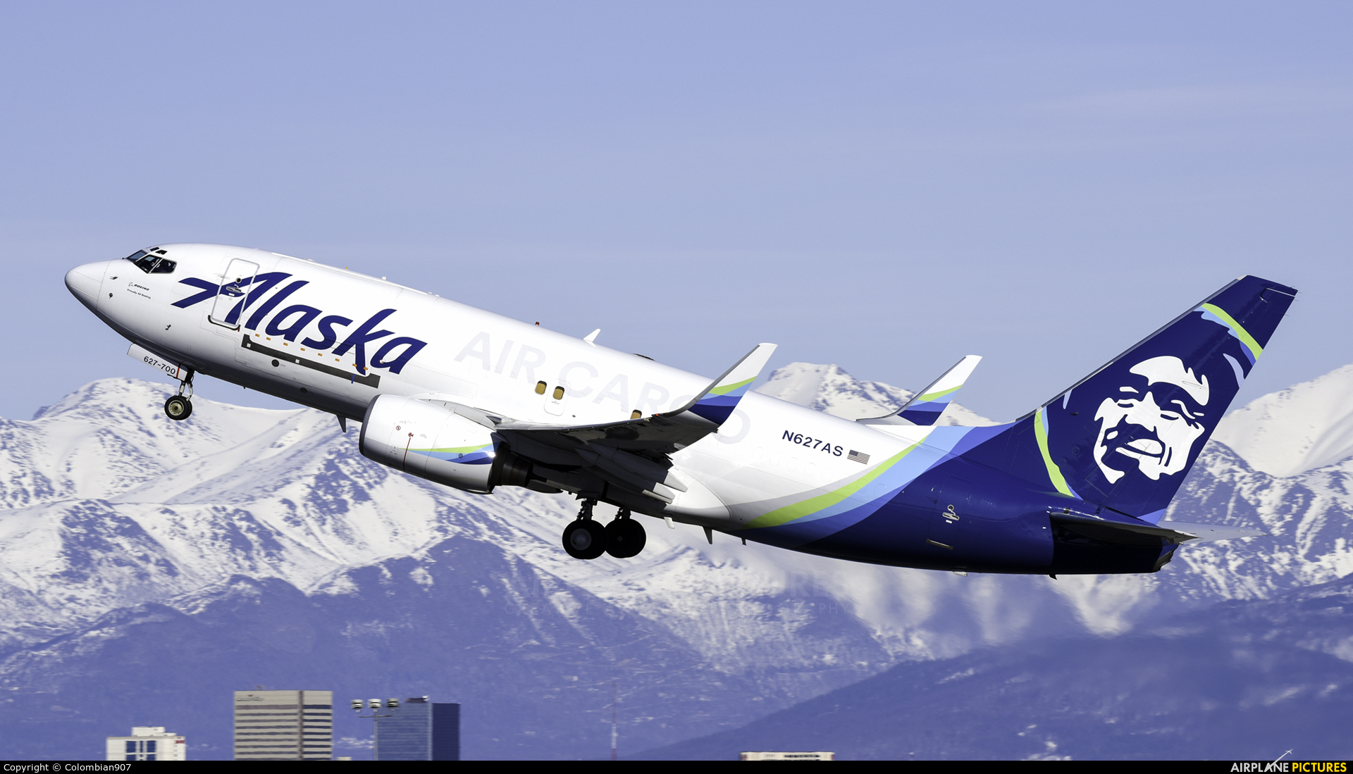 N627as Alaska Airlines Cargo Boeing 737 700 At Anchorage