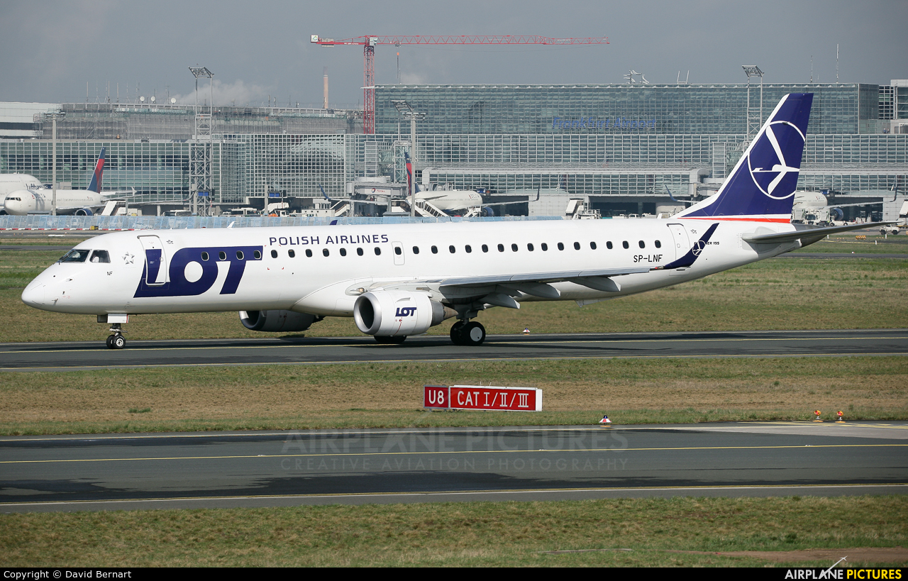 LOT - Polish Airlines SP-LNF aircraft at Frankfurt