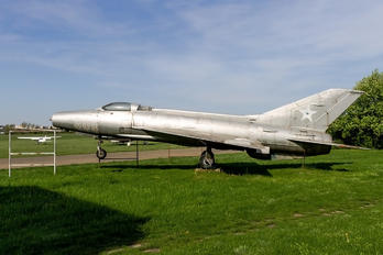 305 - Hungary - Air Force Mikoyan-Gurevich MiG-21F-13