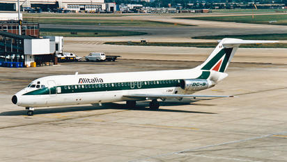 I-DIKP - Alitalia McDonnell Douglas DC-9
