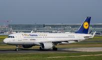 D-AIZX - Lufthansa Airbus A320 aircraft