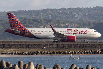 PK-LUT - Batik Air Airbus A320