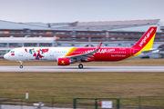 VN-A657 - VietJet Air Airbus A321 aircraft