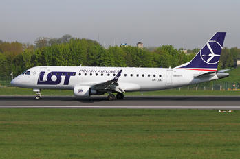 SP-LIA - LOT - Polish Airlines Embraer ERJ-175 (170-200)