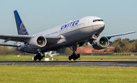 N768UA - United Airlines Boeing 777-200 aircraft