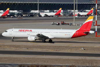 EC-HUH - Iberia Airbus A321