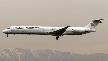 EP-ZAA - Zagros Air McDonnell Douglas MD-82