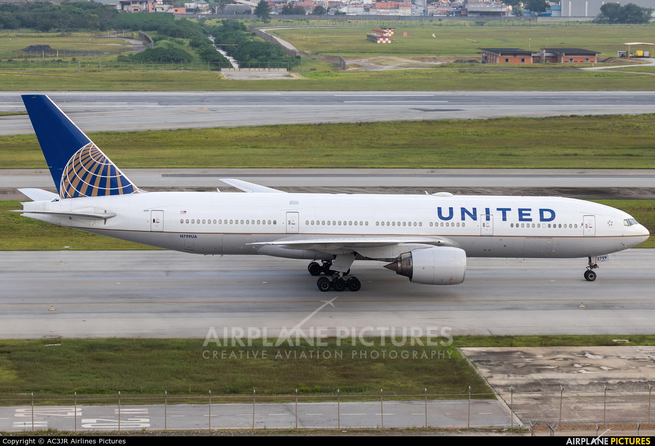 United Airlines N799UA aircraft at São Paulo - Guarulhos