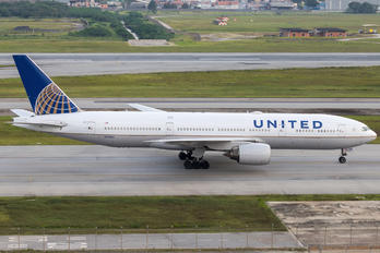 N799UA - United Airlines Boeing 777-200ER