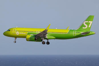 VQ-BCK - S7 Airlines Airbus A320 NEO