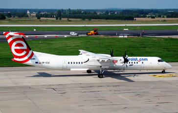 SP-EQC - LOT - Polish Airlines de Havilland Canada DHC-8-400Q / Bombardier Q400