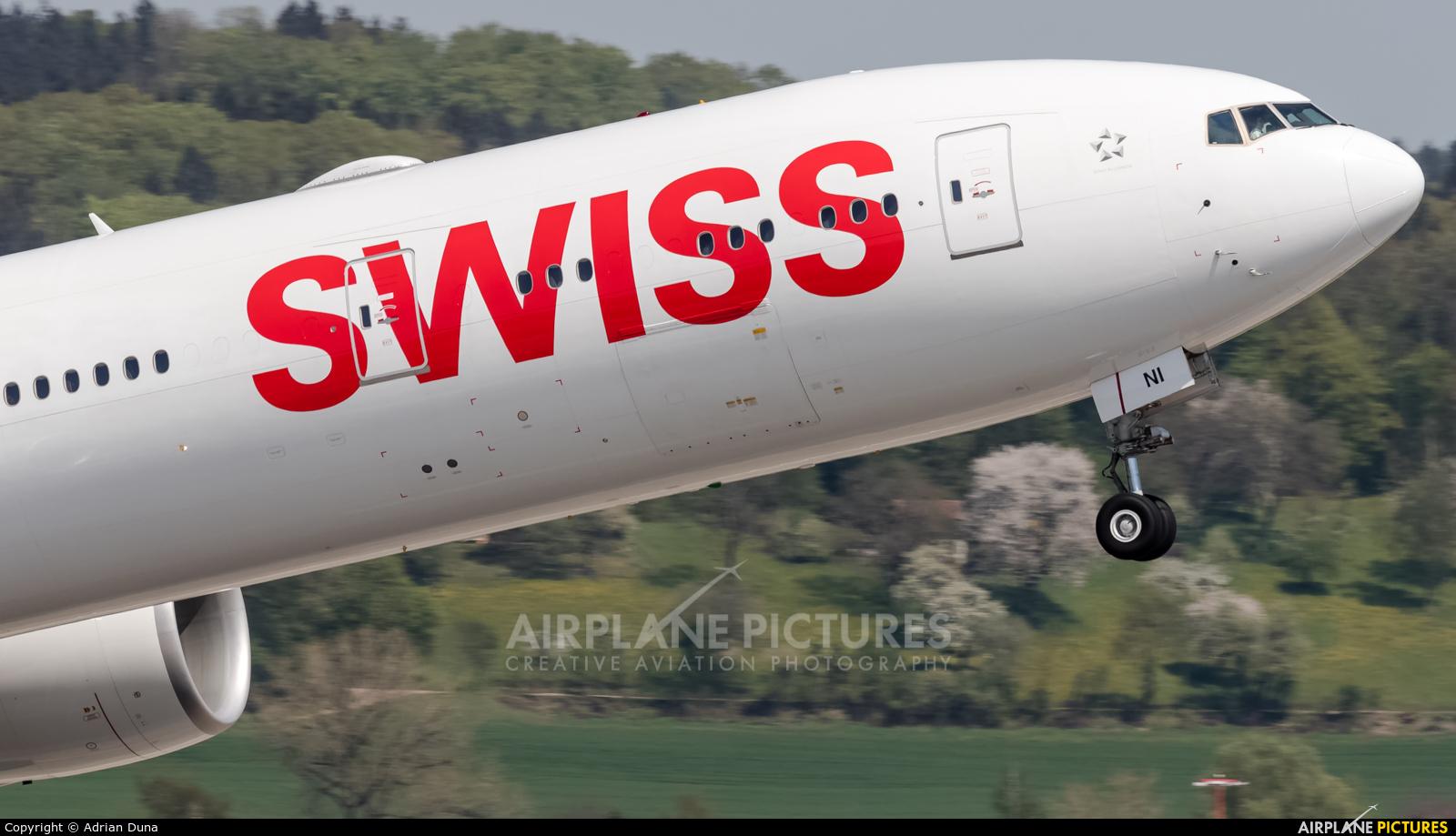 Swiss HB-JNI aircraft at Zurich