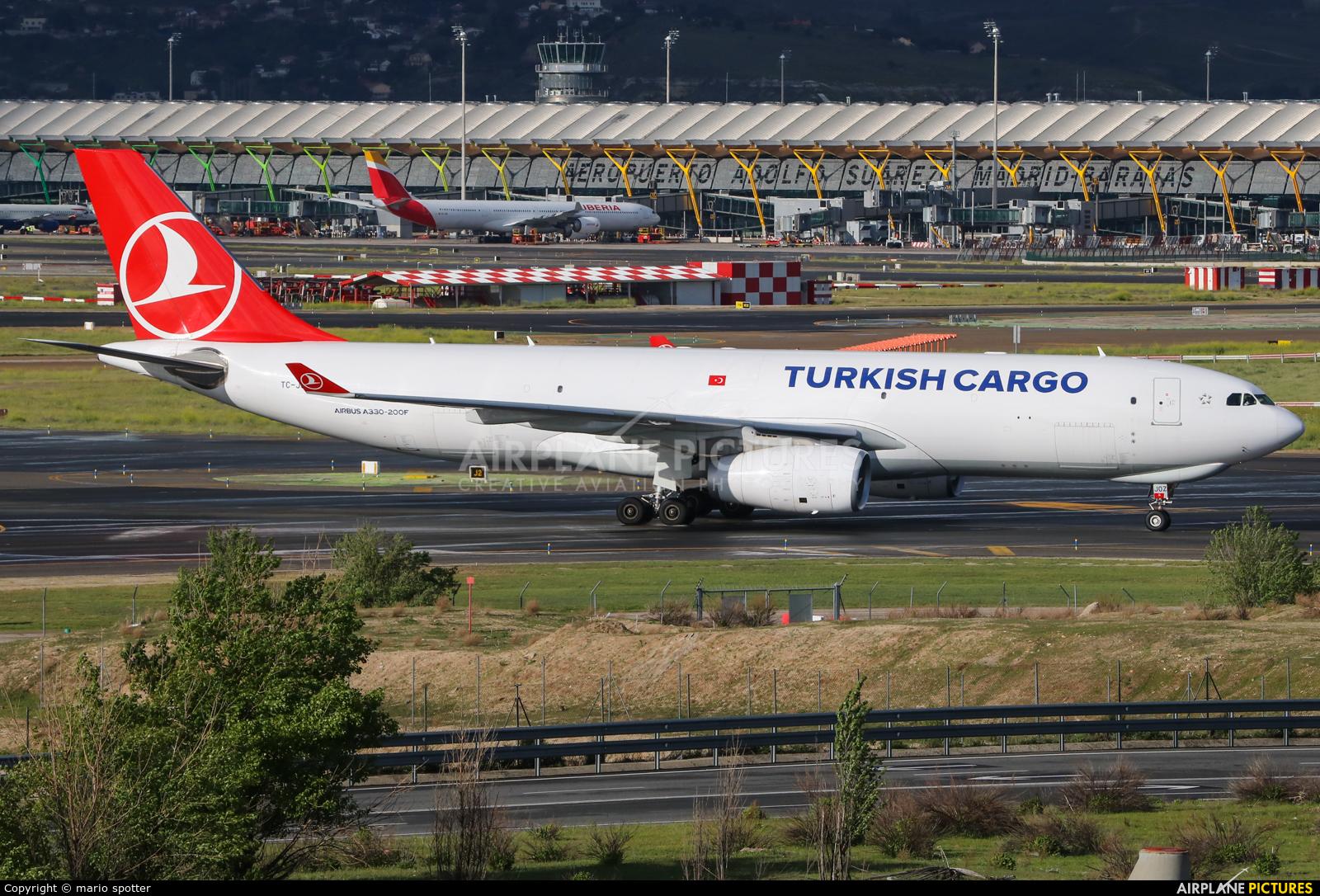 Turkish Cargo TC-JOZ aircraft at Madrid - Barajas
