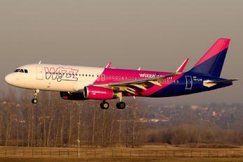 HA-LYR - Wizz Air Airbus A320