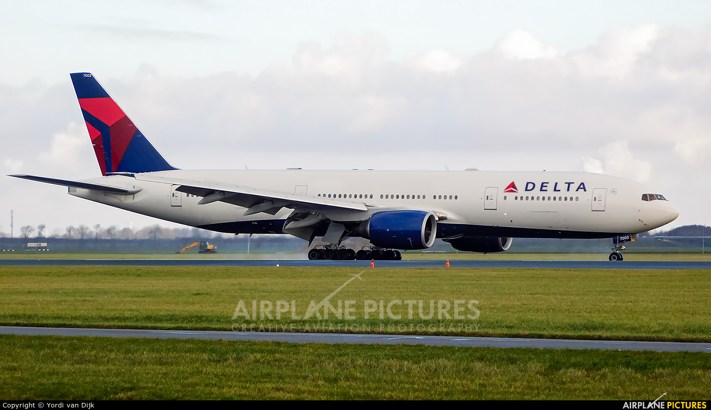 Delta Air Lines N862DA aircraft at Amsterdam - Schiphol