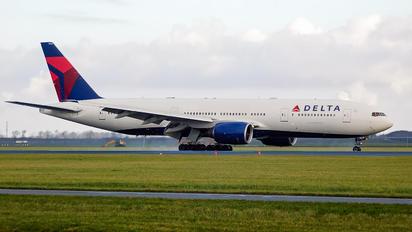 N862DA - Delta Air Lines Boeing 777-200ER