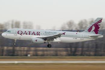 A7-ADG - Qatar Airways Airbus A320