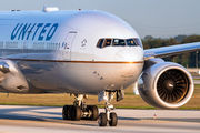 N222UA - United Airlines Boeing 777-200ER aircraft