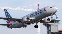 N875NN - American Airlines Boeing 737-800 aircraft