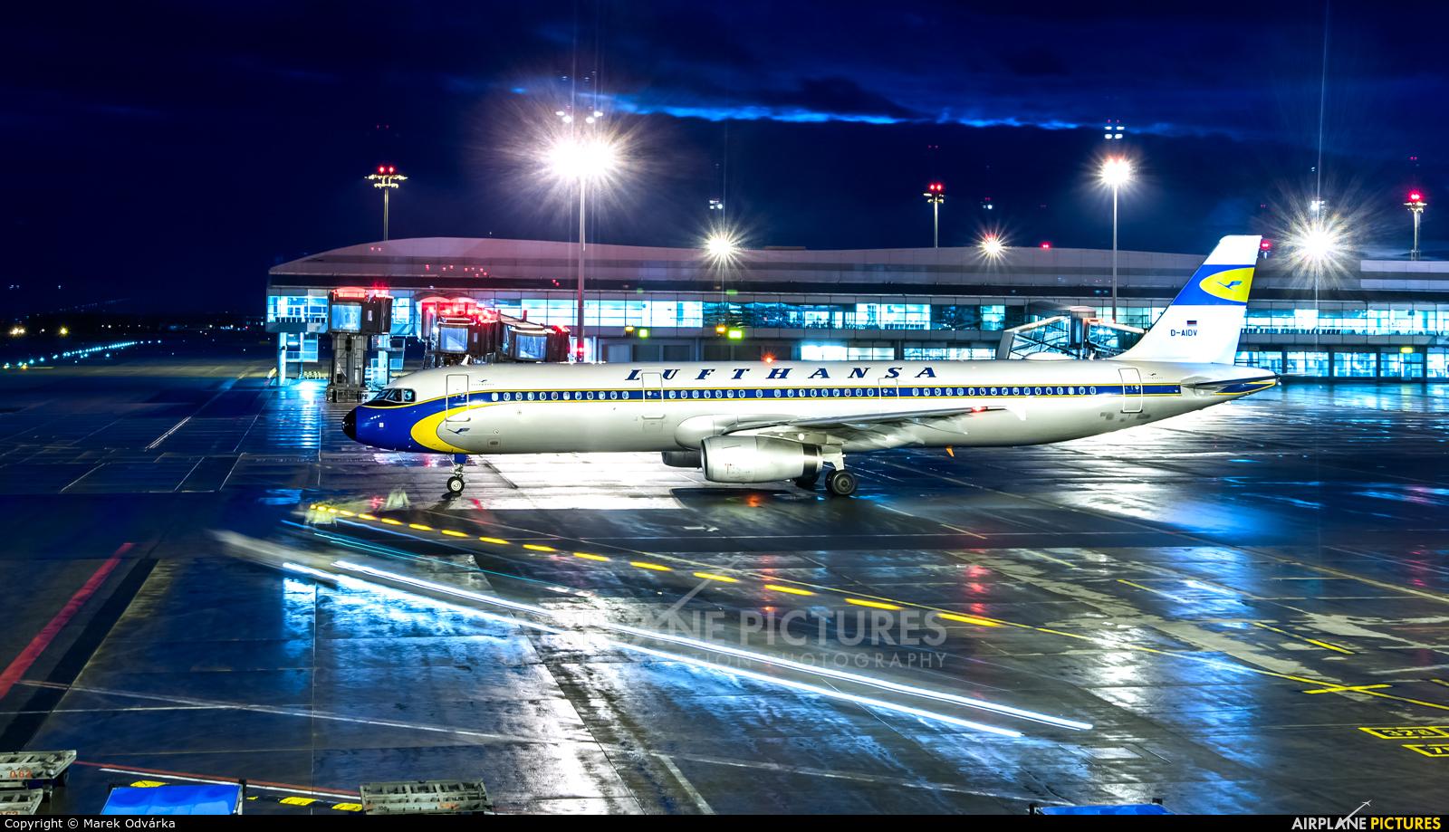Lufthansa D-AIDV aircraft at Prague - Václav Havel
