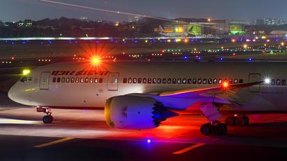 VT-ANQ - Air India Boeing 787-8 Dreamliner