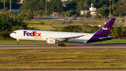 N125FE - FedEx Federal Express Boeing 767-300F