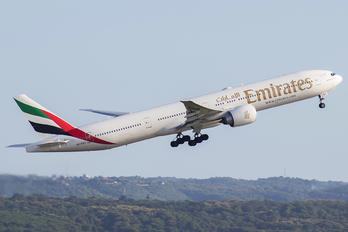 A6-ENY - Emirates Airlines Boeing 777-300ER