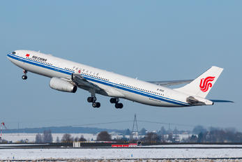 B-6101 - Air China Airbus A330-300