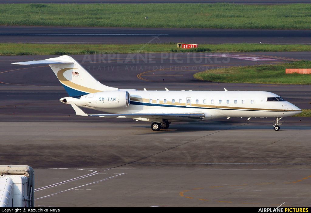 Private 9M-TAN aircraft at Tokyo - Haneda Intl