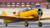 EC-DUN - Fundación Infante de Orleans - FIO North American Harvard/Texan (AT-6, 16, SNJ series) aircraft