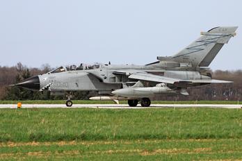 MM7054 - Italy - Air Force Panavia Tornado - ECR